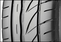 Непревзойденный контроль в твоих руках - Bridgestone Potenza RE002 Adrenalin